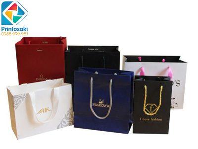 Top 10 mẫu in túi giấy đựng quà đẹp hot xu hướng 2020 – 2021